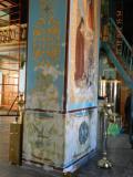 стены, колонны, потолки расписывались при нас в 2007году